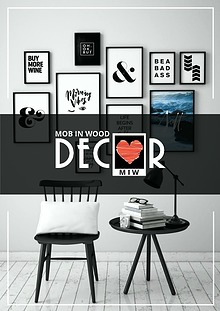 Mob in Wood Decor